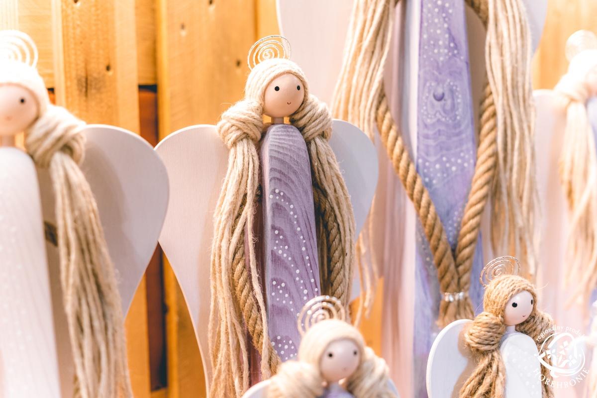 Anjelici od Pavla Mlyneka
